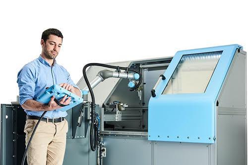 Robotické rameno UR pro CNC
